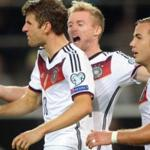 The German national team players with a victory over the Scots started in the UEFA Euro 2016