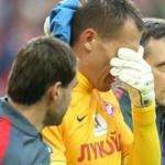 Goalkeeper Spartacus Rebrov got a concussion in the opening game stadium red-white