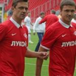 Red won the white in the game veterans Spartak stadium Opening arena